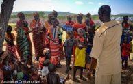Misioneros rescatan a niños discapacitados cuando iban a ser devorados por leones